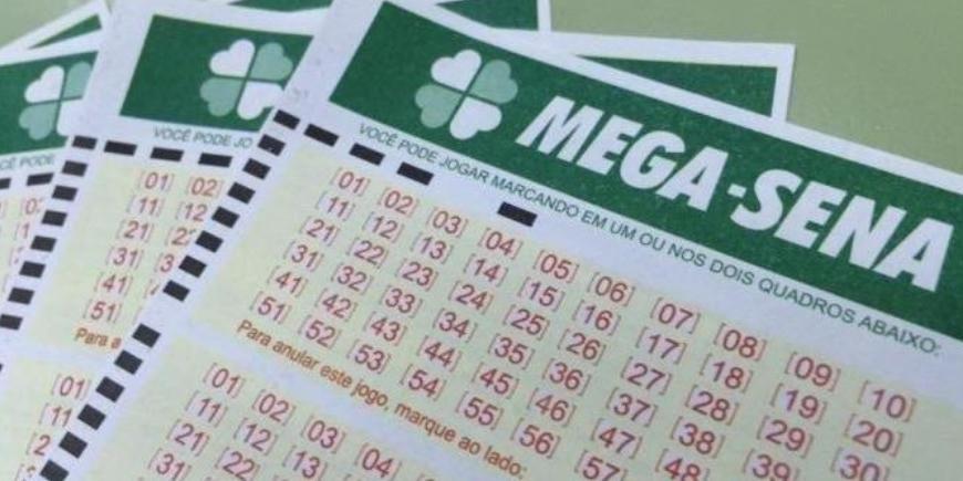 Ir para  <p>As seis dezenas do Concurso 2.195 da Mega-Sena, sorteadas nesta quinta-feira, no Espa&ccedil;o Loterias Caixa, em S&atilde;o Paulo, n&atilde;o teve vencedores. O pr&ecirc;mio para o pr&oacute;ximo concurso, que...