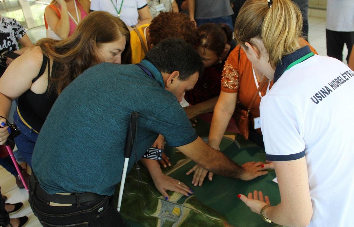 Centro de Divulgação Ambiental realiza atendimento sensorial