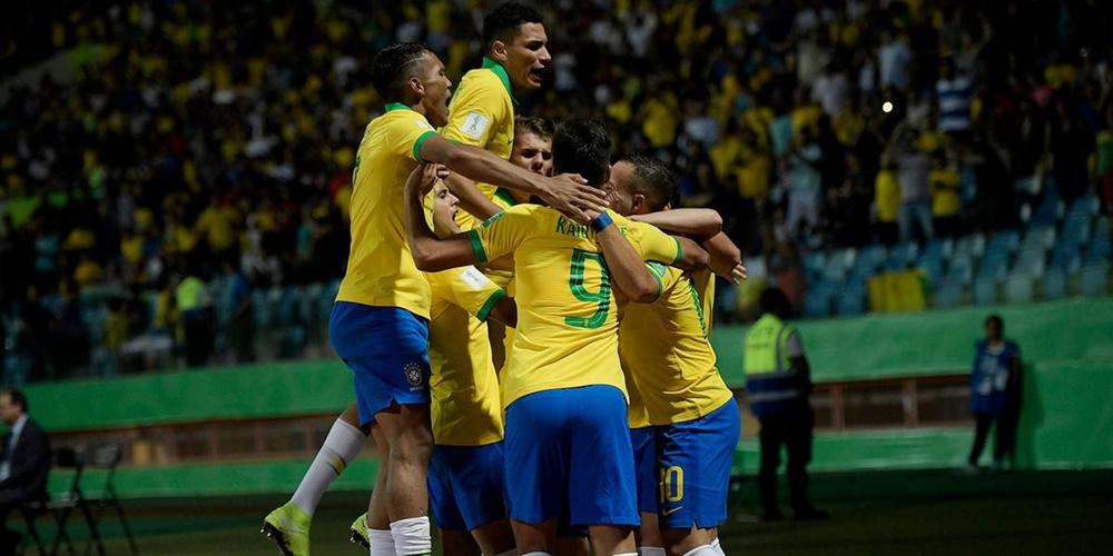 Ir para  <p><big>O Brasil se classificou para as semifinais da Copa do Mundo de futebol sub-17 ap&oacute;s derrotar a It&aacute;lia por 2 a 0 nesta segunda em partida realizada no Est&aacute;dio Ol&iacute;mpico de...