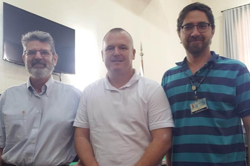Ir para  <p>O coordenador de &Aacute;rea das Engenharias e Ci&ecirc;ncia da Computa&ccedil;&atilde;o da URI, professor Cristiano Vitorino da Silva, participou, no dia 22 de novembro, em Porto Alegre, da reuni&atilde;o da...