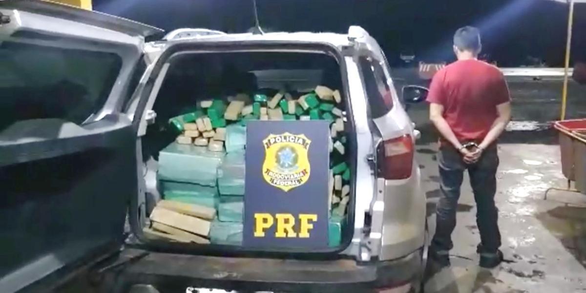 Gaúcho é preso pela PRF com mais de meia tonelada de maconha no Paraná.