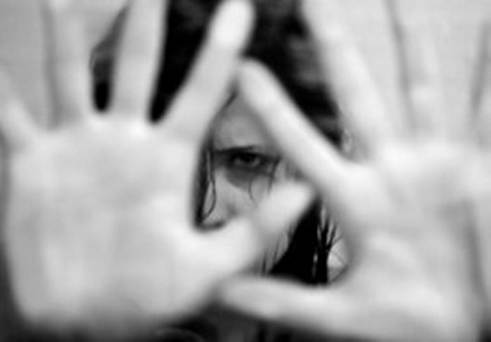 Ir para  <p><big>Uma mulher de 22 anos est&aacute; internada no Hospital Santa Terezinha, em Erechim,&nbsp; depois de ter sido agredida pelo ex-companheiro.&nbsp;</big></p>  <p><big>Ela sofreu ferimentos...