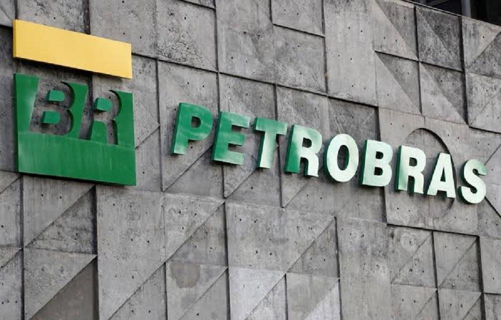 Ir para  <p>A Petrobras anunciou queda do pre&ccedil;o da gasolina e do diesel, puxada pela redu&ccedil;&atilde;o do pre&ccedil;o do petr&oacute;leo no mercado internacional desde a semana passada, com o recuo das...