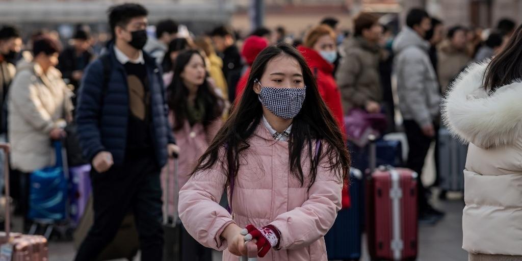 China confirma quase 300 casos de novo vírus e seis mortos.