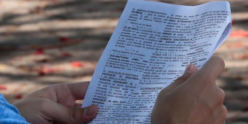 Justiça impede divulgação de resultado do Sisu e manda MEC comprovar correção de erro no Enem