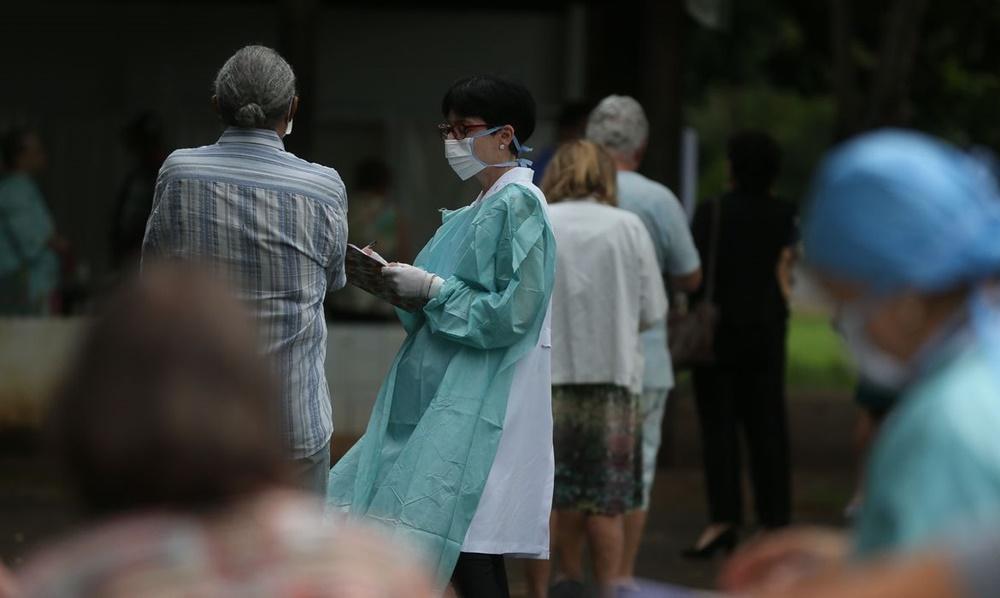 Ir para  <p><big>Iniciada no dia 16 de abril e com previs&atilde;o de terminar nesta sexta-feira (8), a segunda fase da Campanha Nacional de Vacina&ccedil;&atilde;o contra a gripe atingiu apenas 36% (ou 5,6 milh&otilde;es de...