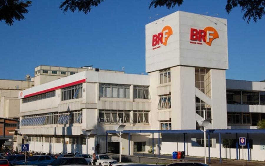 Ir para BRF de Concórdia irá testar todos os colaboradores da unidade, cerca de 5 mil funcionários, para o novo coronavírus