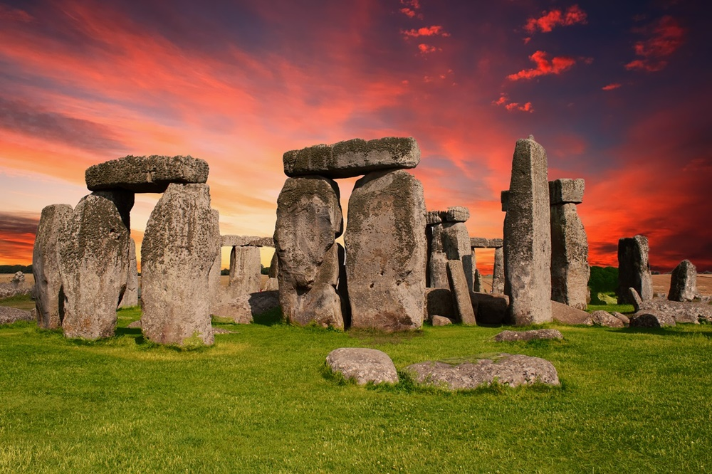 "Ir para  <p><big>O monumento neol&iacute;tico&nbsp;<a href=""https://www.hypeness.com.br/tag/stonehenge/"" target=""_blank""><strong>Stonehenge</strong></a>, na&nbsp;<a..."