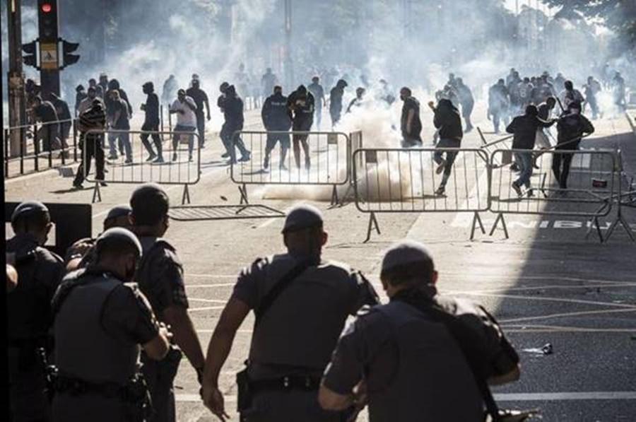 É SÓ O COMEÇO: a atualidade do violento cotidiano brasileiro