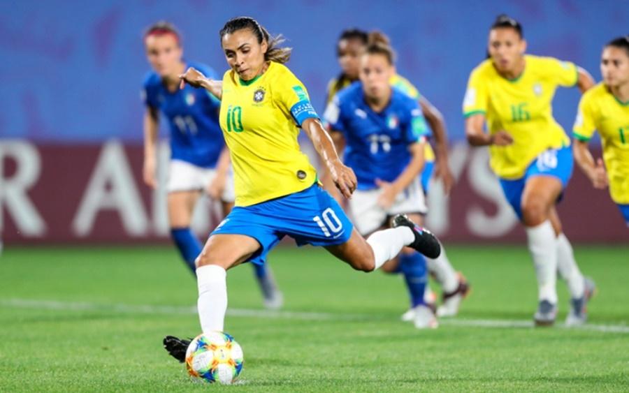 Ir para  <p><big>O Brasil retirou sua candidatura para sediar a Copa do Mundo feminina de 2023 por n&atilde;o conseguir cumprir as garantias financeiras necess&aacute;rias requisitadas pela Fifa por conta da pandemia de...