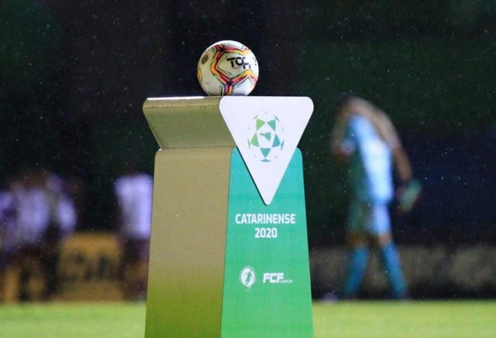 Ir para  <p><big>Na tarde desta ter&ccedil;a-feira (9), o presidente da Federa&ccedil;&atilde;o Catarinense de Futebol (FCF), Rubens Angelotti informou que o Campeonato Catarinense 2020 ir&aacute; retornar no dia 8 de julho....