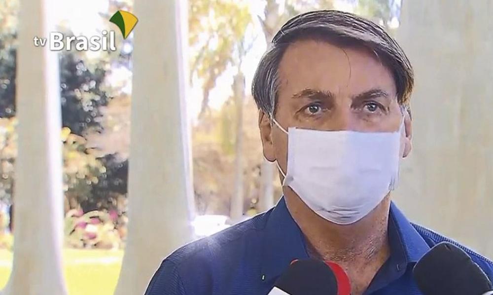 Ir para  <p><big>O presidente Jair Bolsonaro informou hoje (7) que testou positivo para o novo coronav&iacute;rus (covid-19). O resultado do exame realizado ontem (6) saiu nesta ter&ccedil;a-feira por volta das 11h. Bolsonaro disse...
