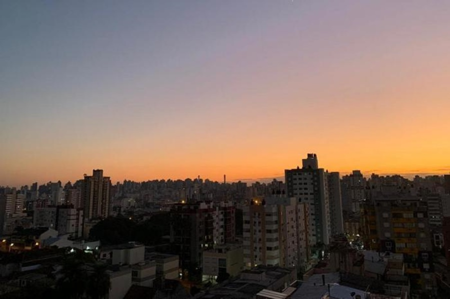 "Ir para  <p><big>A segunda-feira (20) ser&aacute; de tempo firme no&nbsp;<a href=""https://gauchazh.clicrbs.com.br/ultimas-noticias/tag/rio-grande-do-sul/""><strong>Rio Grande do..."