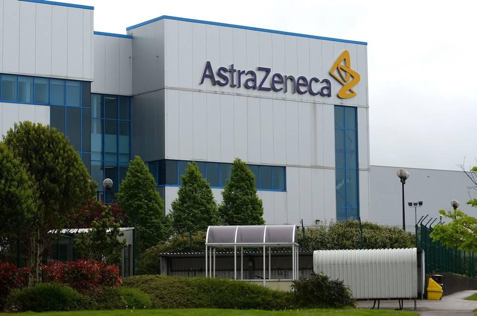 Ir para  <p>A Uni&atilde;o Europeia (UE) fechou a compra de 300 milh&otilde;es de doses de futura vacina contra Covid-19 da farmac&ecirc;utica AstraZeneca, segundo comunicado enviado &agrave; imprensa nesta sexta-feira, 14. A nota...