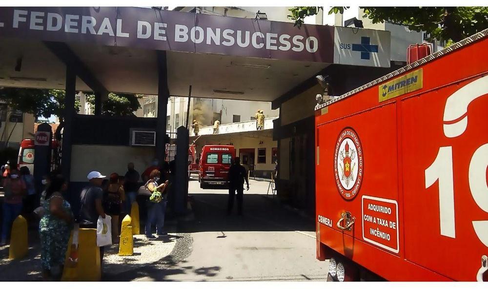 Incêndio atinge o Hospital Federal de Bonsucesso no Rio de Janeiro