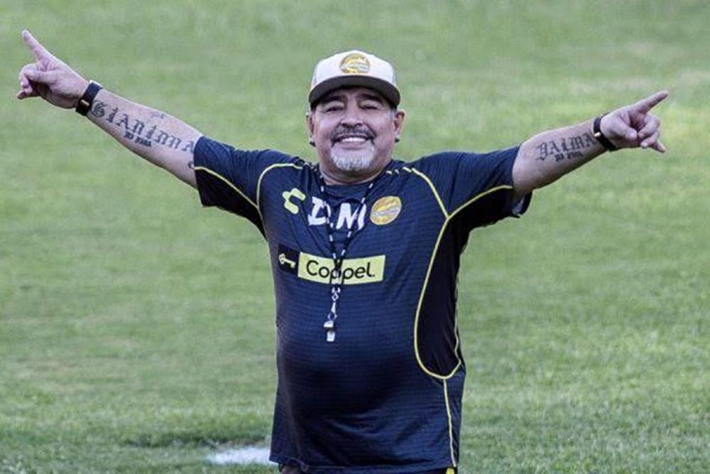 Morre aos 60 anos, Diego Armando Maradona