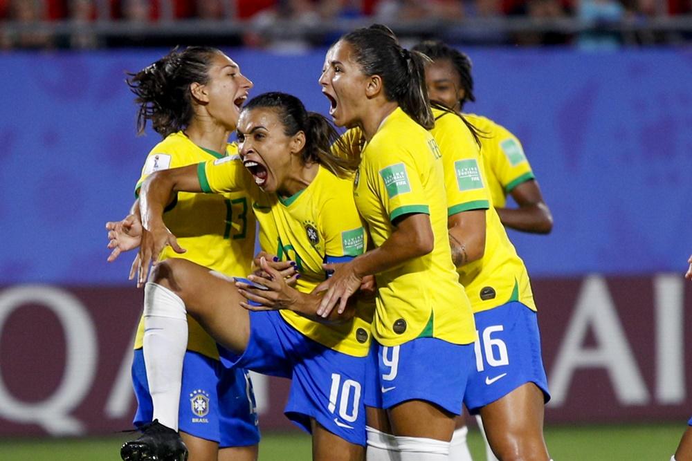 Ir para  <p><big>A Fifa revelou, na quinta-feira, como ser&aacute; a distribui&ccedil;&atilde;o das vagas para a disputa da Copa do Mundo Feminina, a ser realizada na Austr&aacute;lia e Nova Zel&acirc;ndia, em 2023. O...