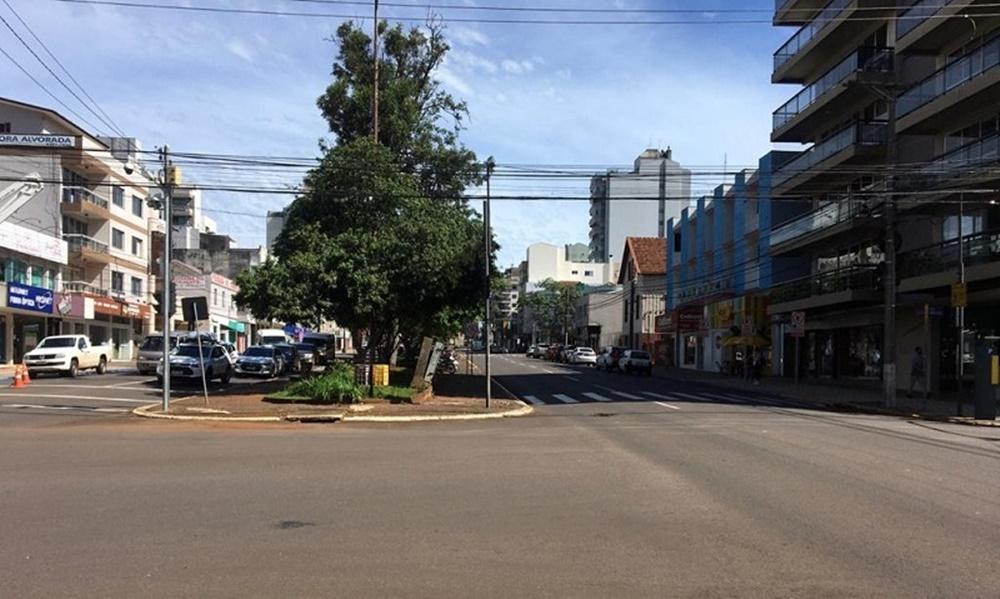 Ir para  <p><big>Quem trafega pelas ruas de Erechim percebeu com maior frequ&ecirc;ncia nos &uacute;ltimos dias o aumento no n&uacute;mero de artistas de rua, vendedores e pedintes nos cruzamentos na &aacute;rea...