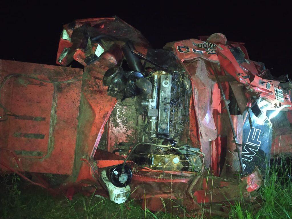 Ir para  <p><big>Um homem morreu ap&oacute;s acidente envolvendo uma colheitadeira, na noite de segunda-feira (19), nas proximidades da localidade de Linha Picuia, interior de S&atilde;o Jo&atilde;o da...