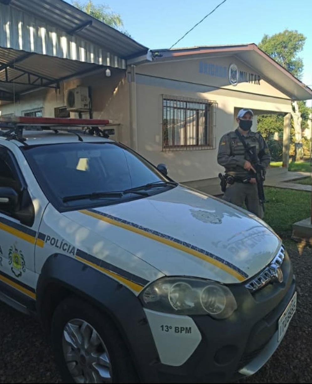 Ir para  <p><big><strong>Na &uacute;ltima segunda-feira (17) apresentou-se mais um Policial Militar para compor o efetivo da brigada militar de Viadutos. </strong></big></p>  <p><big><strong>O...
