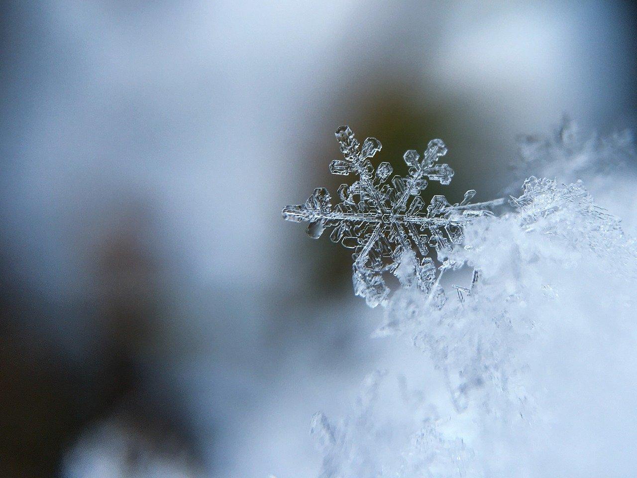 Ir para  <p><big>O inverno come&ccedil;ou &agrave; 0h32min desta segunda-feira e a esta&ccedil;&atilde;o promete ser mais fria que a m&eacute;dia dos &uacute;ltimos anos no Rio Grande do Sul, segundo a...
