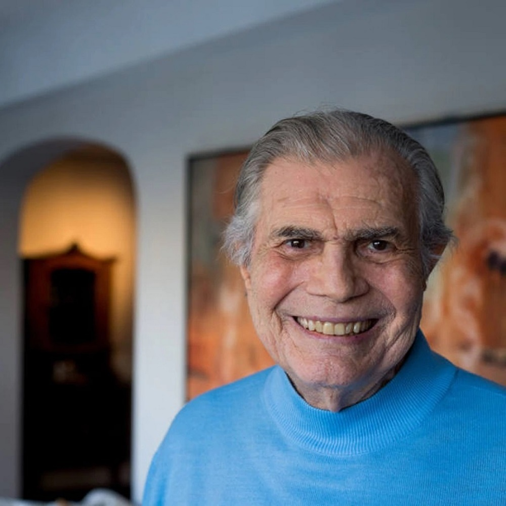 Ir para  <p><big>O ator Tarc&iacute;sio Meira morreu aos 85 anos, na manh&atilde; desta quinta-feira (12),&nbsp;em S&atilde;o Paulo. Ele estava internado no hospital Albert Einstein, na Zona Sul de S&atilde;o Paulo, em...